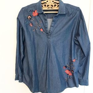 Chambray popover with floral embroidery XL